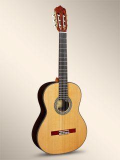 Đàn Guitar Linea Professional Cedro